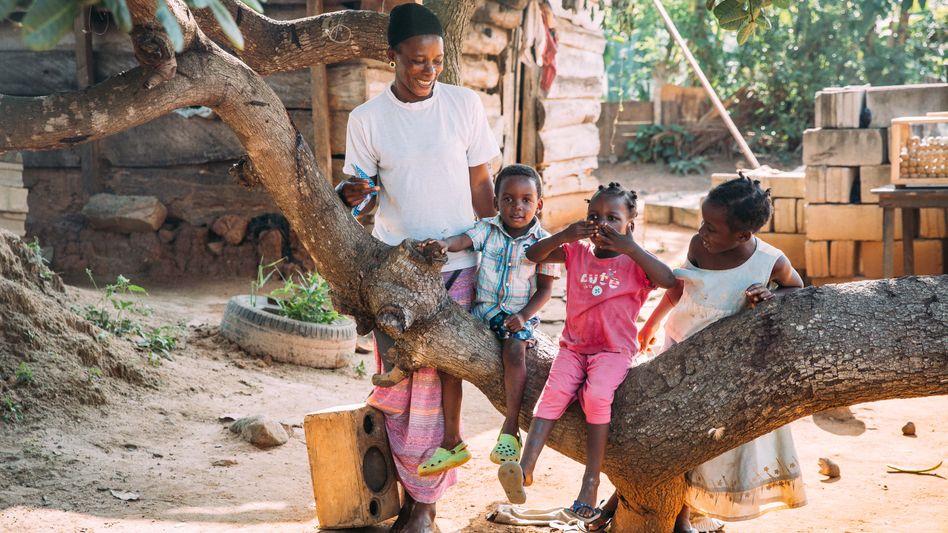 Glückliches Leben im Kinderdorf? Hinter der netten Fassade kam es über Jahre zu Missbrauchsfällen