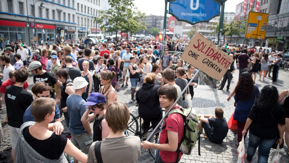 Photo Gallery: A Refugee Crisis in Berlin