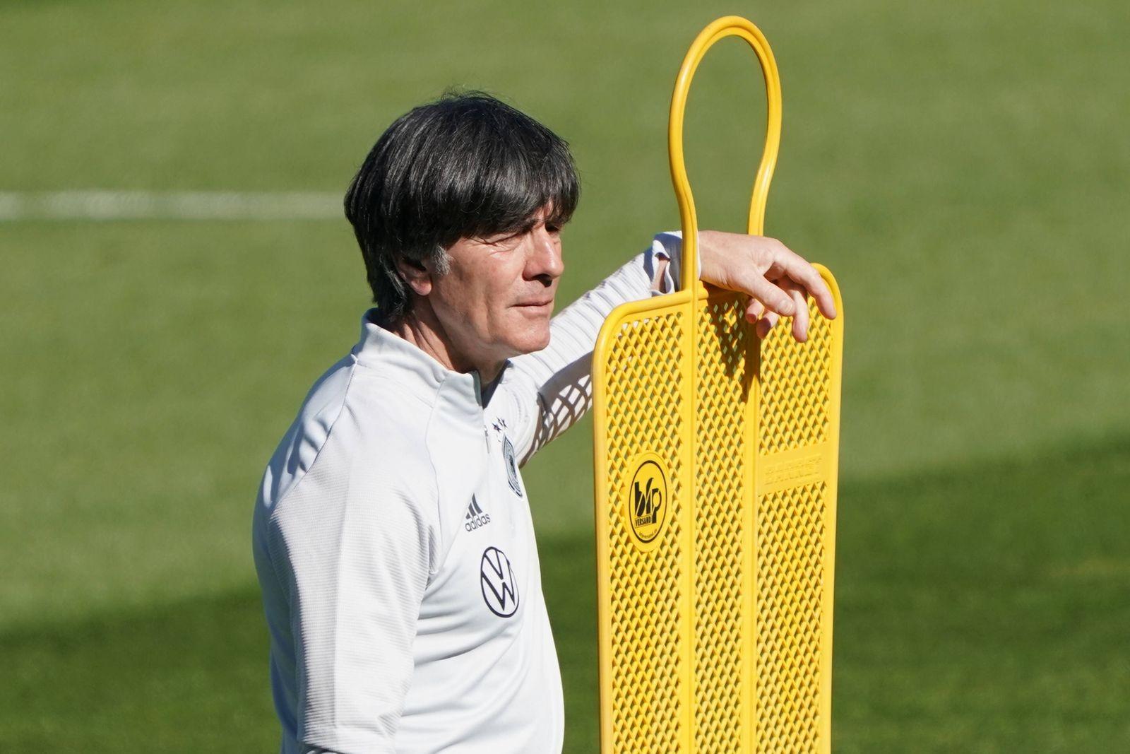 Bundestrainer Joachim Loew (Deutschland Germany) - Seefeld 28.05.2021: Trainingslager der Deutschen Nationalmannschaft z