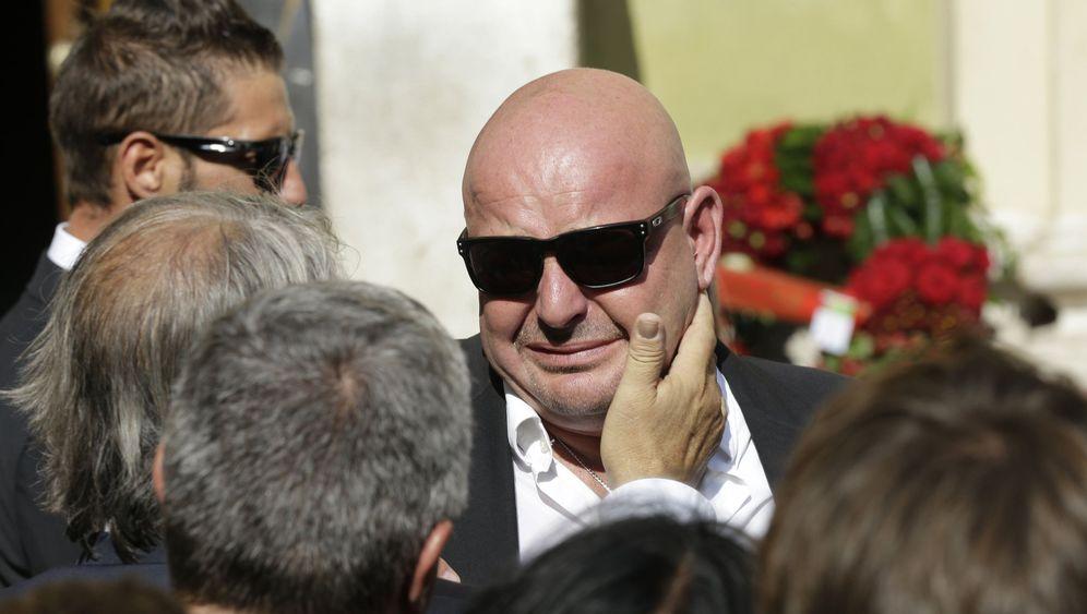 Beerdigung von Jules Bianchi: In Trauer vereint