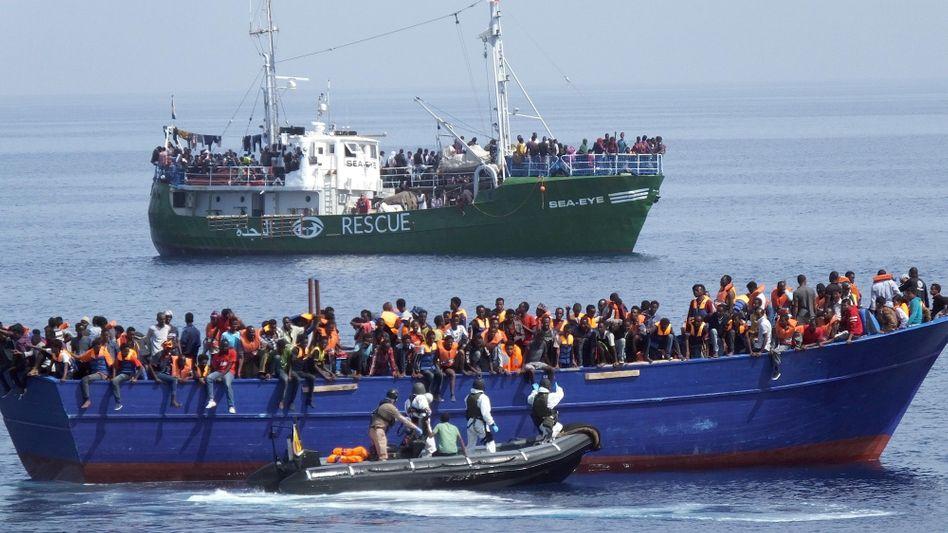 Flüchtlingsrettung im Mittelmeer (Archiv)