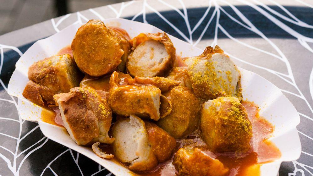 Currywurstfestival in Neuwied: Feuer auf dem Pappteller