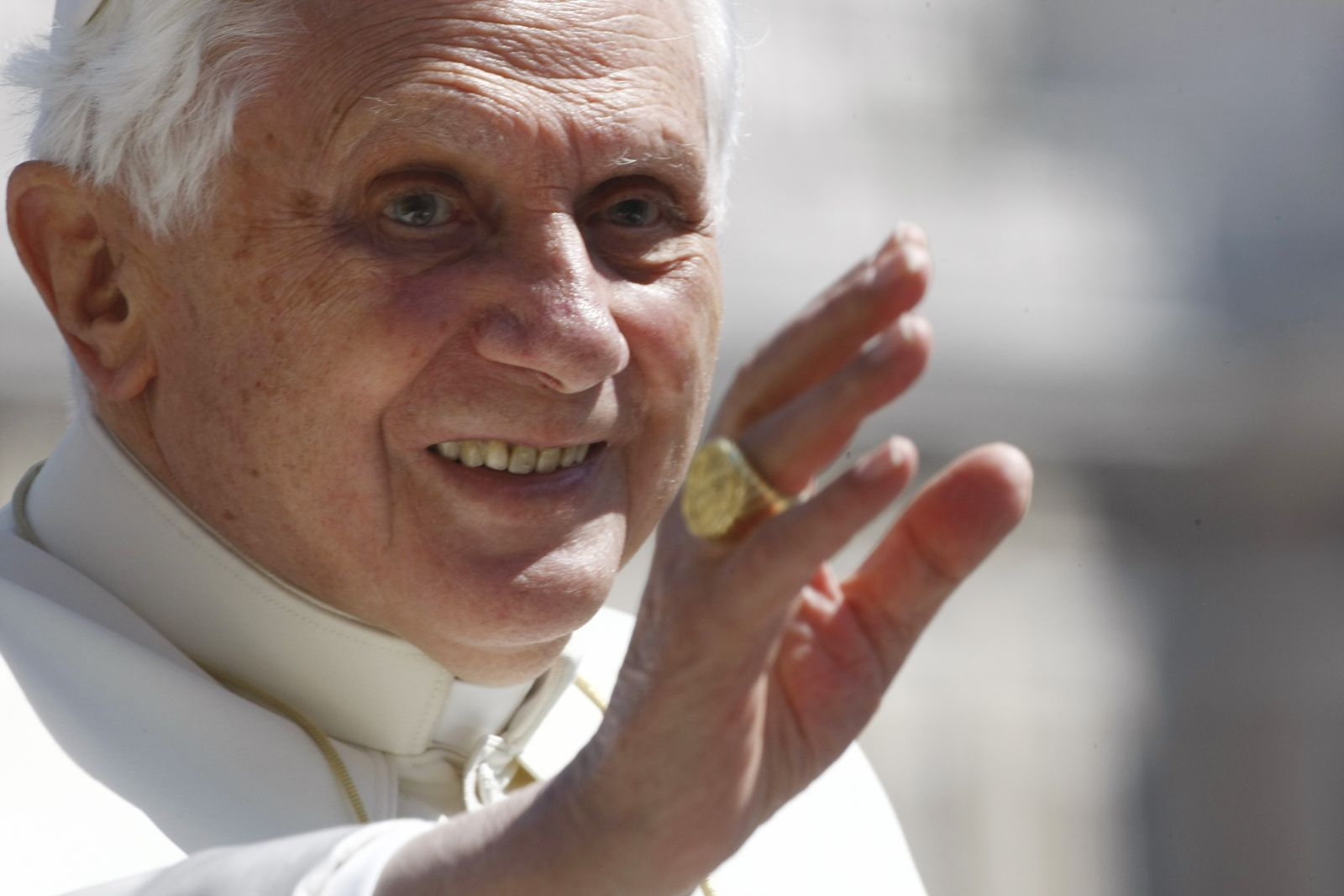Benedikt XVI