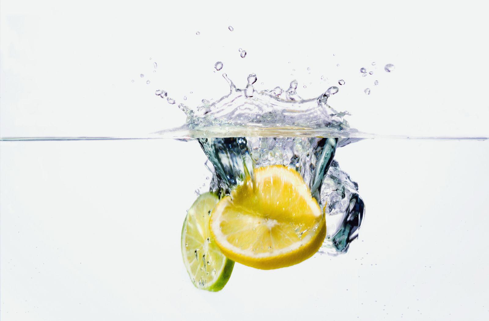 NICHT MEHR VERWENDEN! - Zitrone / Limette / Wasser