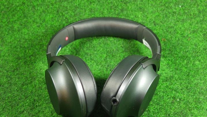 Kopfhörer im Test: Der Sony h.ear On in Bildern