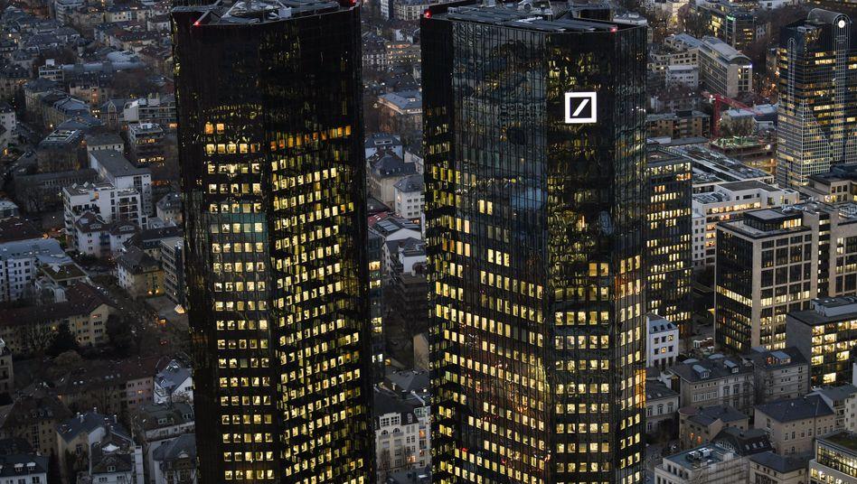 Zentrale der Deutschen Bank in Frankfurt am Main
