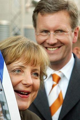 """Unionspolitiker Merkel, Wulff: Kanzlerfrage """"nicht verhandelbar"""""""