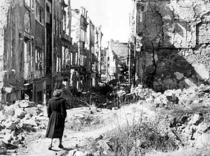 Allied bombers left Dresden in ruins in 1945. Historians still debate if the attacks can be justified militarily. Even Winston Churchill questioned them.