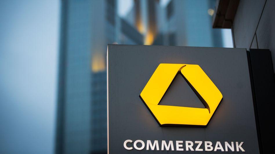 Commerzbank in Frankfurt am Main: Warnung vor Schnellschüssen
