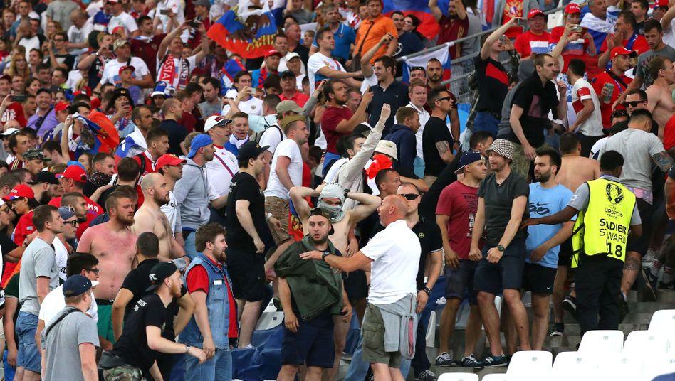 Russische Anhänger bei der EM 2016