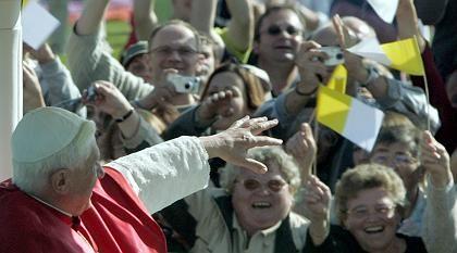 Massenereignis Papst-Besuch: Kaum noch aktivistische Anti-Kirchlichkeit