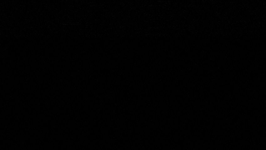 """Fotos von Pluto seit 1930: Selbst die Aufnahmen des Weltraumteleskops """"Hubble"""" seit den Neunzigerjahren zeigen nur grobe Umrisse - erst die sich nähernde Sonde """"New Horizons"""" brachte schärfere Bilder. Ihre neuesten zeigen sogar Details."""