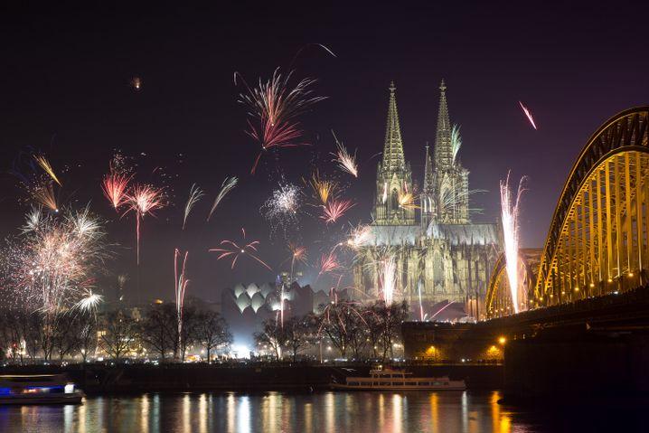 Feuerwerk in Köln: Nacht zum Jubeln - Nacht zum Weinen