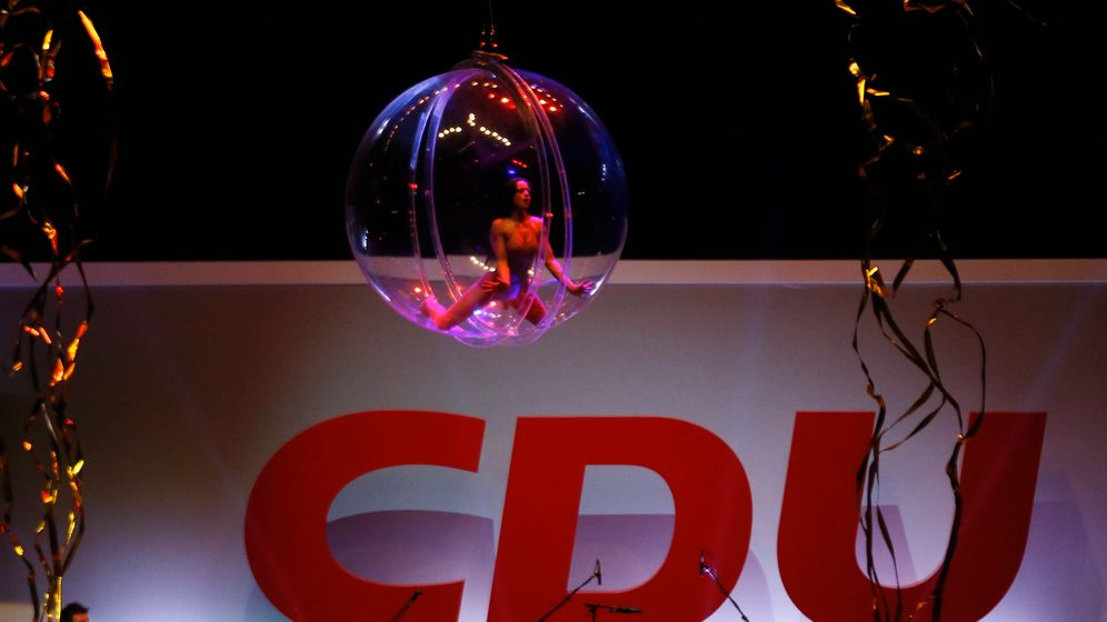 Photo Gallery: Motivating the Masses, CDU Style
