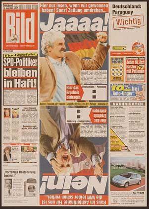 """Als preiswürdig gilt die """"Bild"""" eher selten, aber die Idee zum Achtelfinale bei der Fußball-WM beeindruckte die Jury: """"Hier nur Lesen, wenn wir gewonnen haben! Sonst Zeitung umdrehen..."""""""