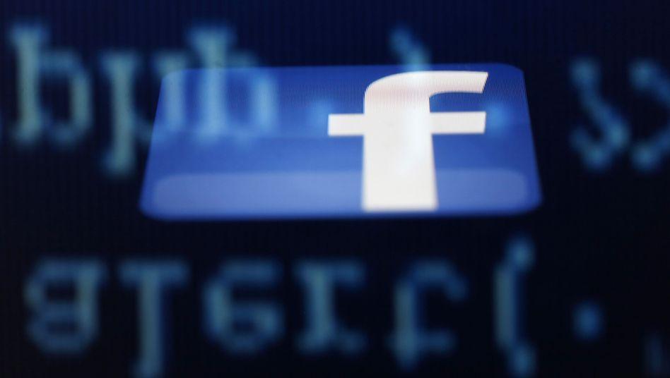 Facebook: Erstmals Lösch-Team in Deutschland