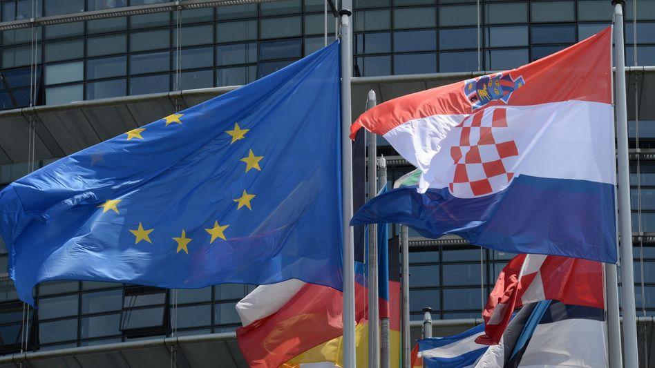 Keine drei Monate nach dem EU-Beitritt Kroatiens will Brüssel Sanktionen gegen das Land verhängen