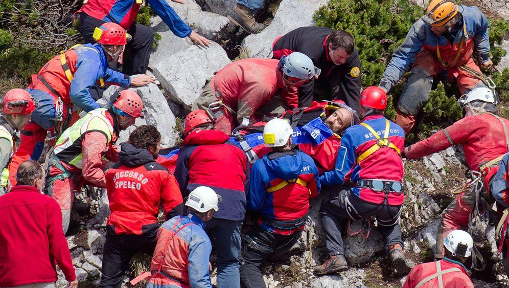 Rettungsaktion geglückt: Höhlenforscher Westhauser ist in Sicherheit