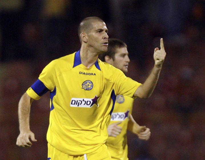 """Maccabis Ex-Spieler Avi Nimny wird von Hapoel-Fans noch immer als """"verdammter Deutscher"""" (""""fucking German"""") bezeichnet"""