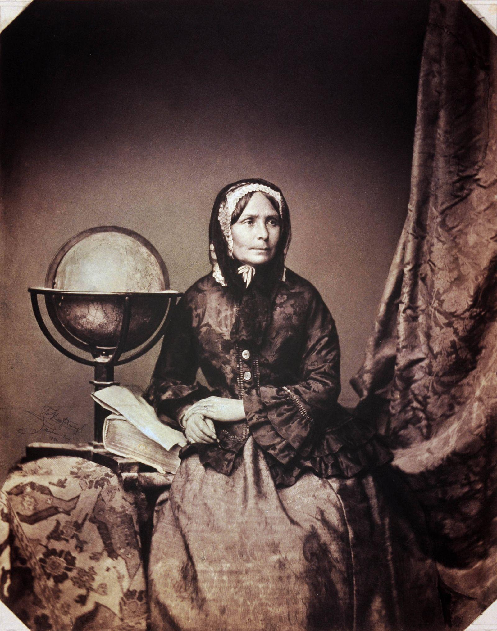 Ida Laura Birch-Pfeiffer. (1797-1858) Weltreisende Farbaufnahme der Original-Fotografie von Franz Hanfstaengl (1804-187