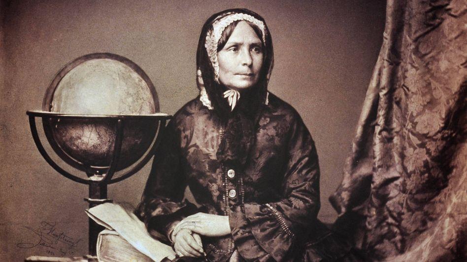 1856 lichtete ein Münchner Fotograf die inzwischen berühmte Reiseautorin Pfeiffer ab