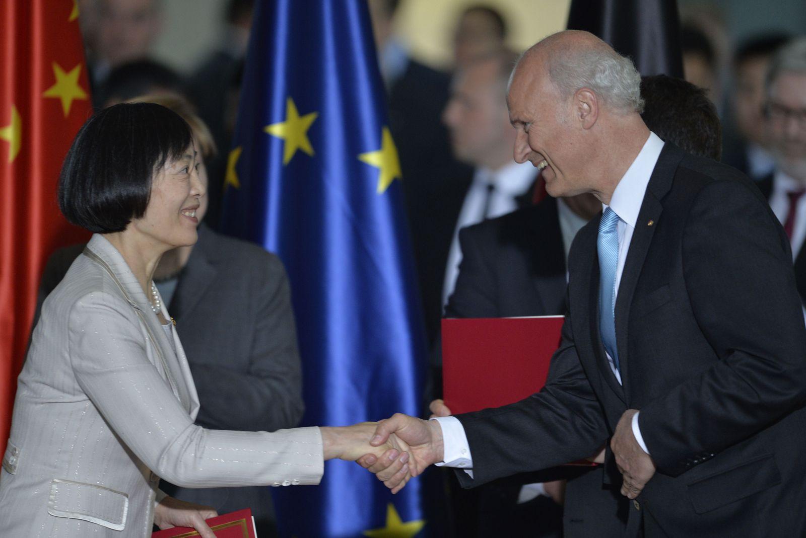 GERMANY-CHINA-DIPLOMACY-ECONOMY Bundesbank Yuan