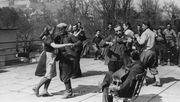 Warum mein Vater meiner Mutter Hitler-Unterricht gab