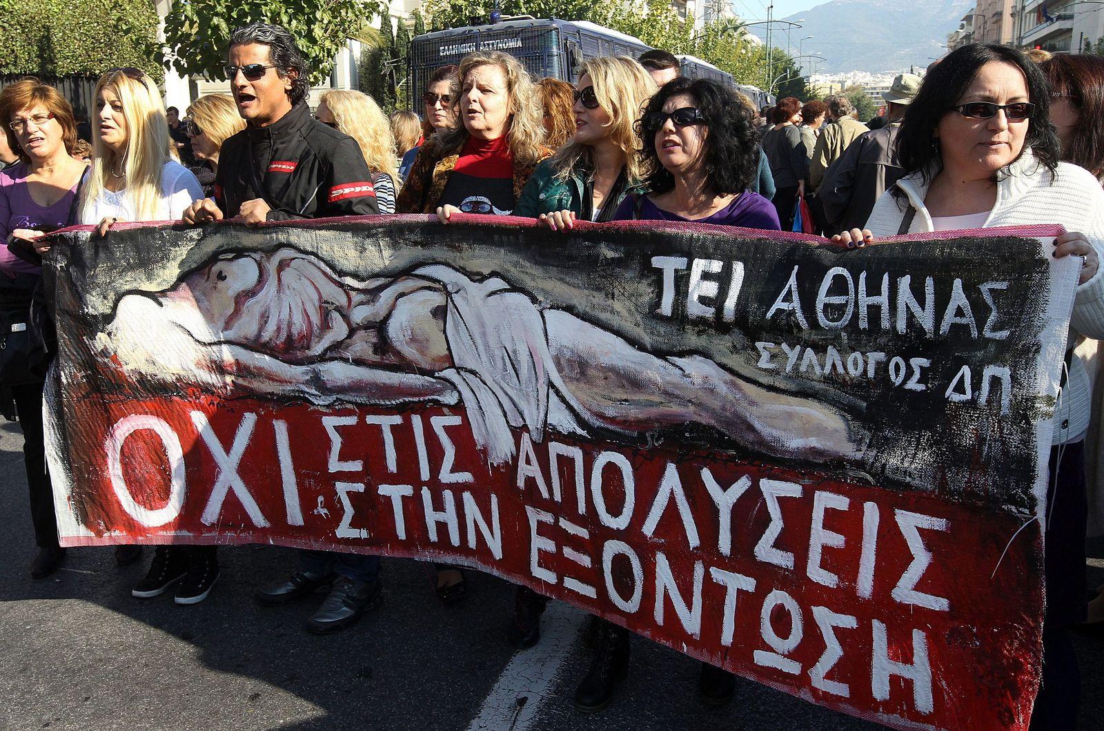 Athen Demo gegen Entlassungen