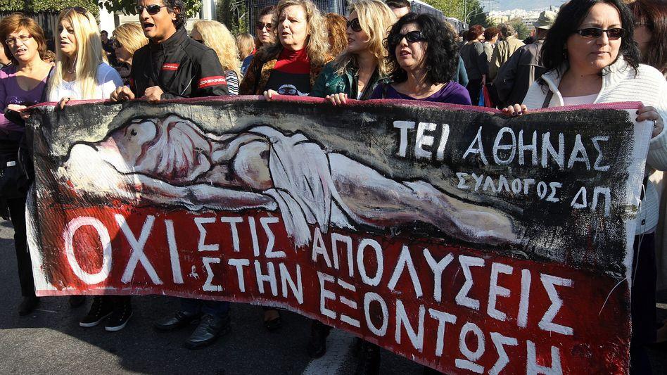Demonstration in Athen (Archivbild 13. November): Proteste gegen Entlassungen