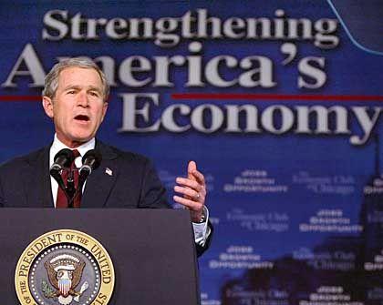 Will Steuersenkungen sofort: US-Präsident Bush