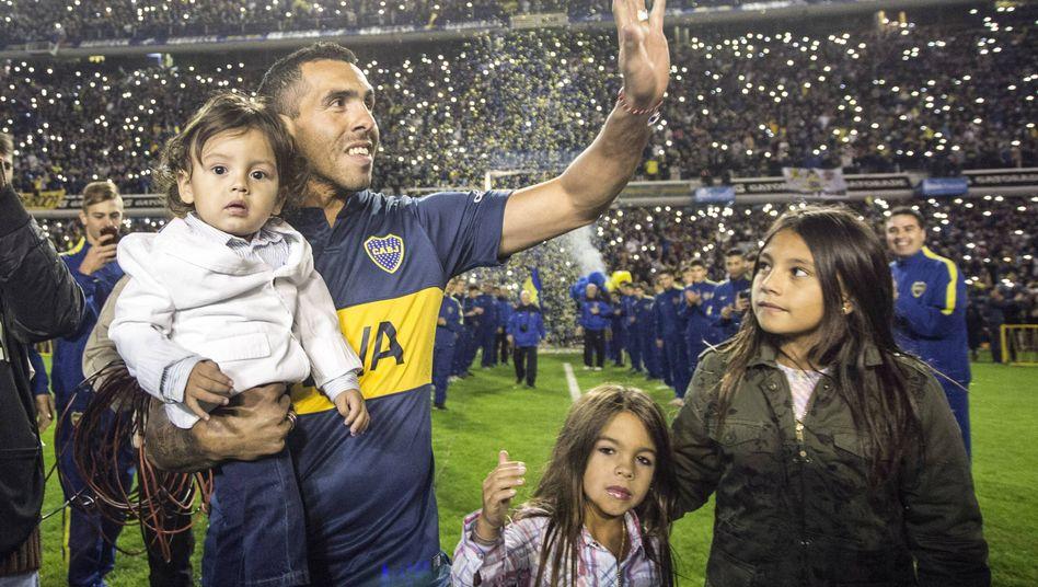 Zurück in der Heimat: 49.000 feiern Tévez bei seiner Rückkehr
