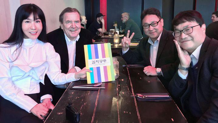 Schröders neue Liebe: Zukunft in zwei Ländern