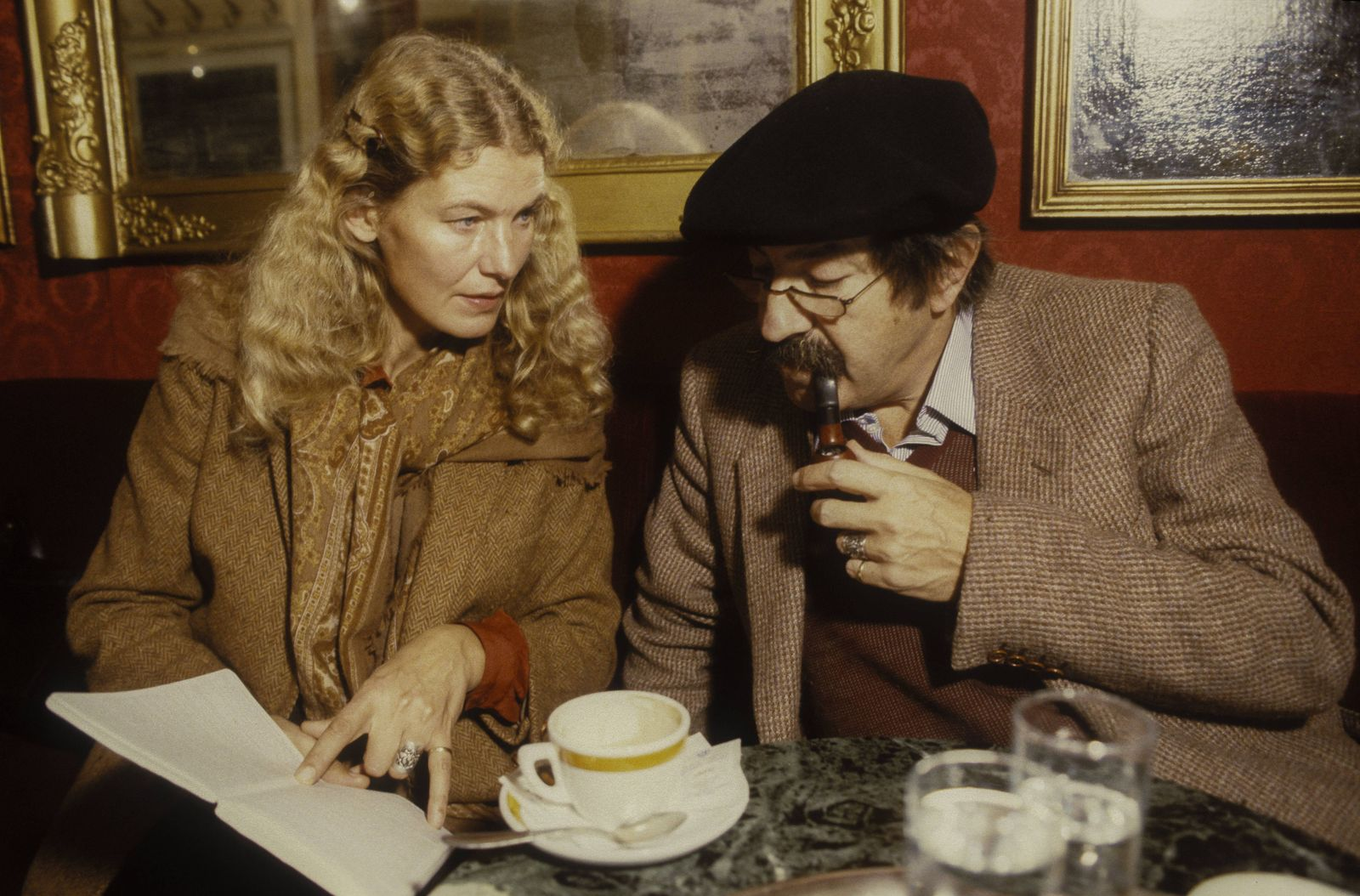 Rome Caffe Greco about 1985 German writer Günter Grass and his wife Ute Grunert Roma Caffe Gre