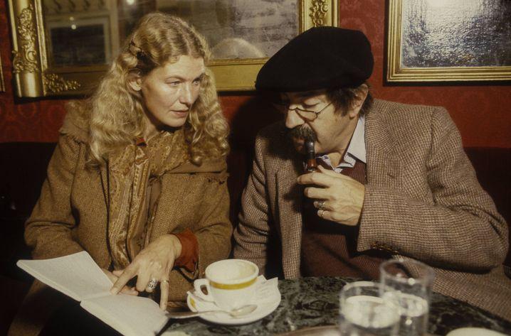 Ute Grass mit Ehemann Günter Grass ungefähr im Jahr 1985