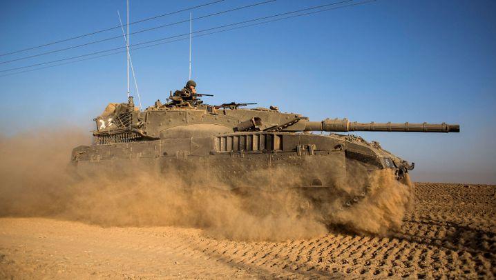 Krise in Israel: Bomben und Raketen in der Nacht
