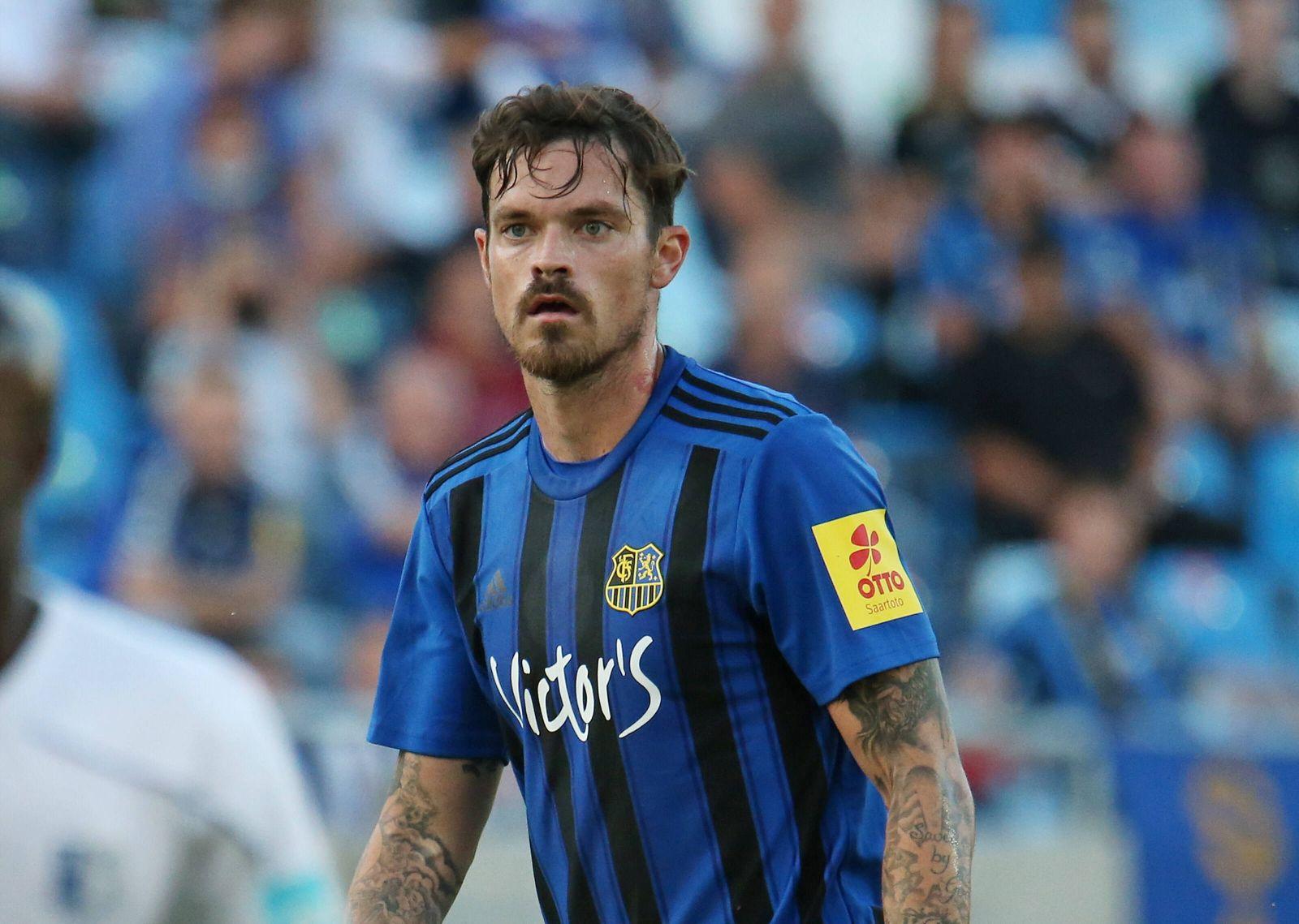 25.08.2021, xklex, Fussball 3.Liga, 1.FC Saarbruecken - 1.FC Magdeburg emspor, v.l. Dennis Erdmann (1.FC Saarbruecken)