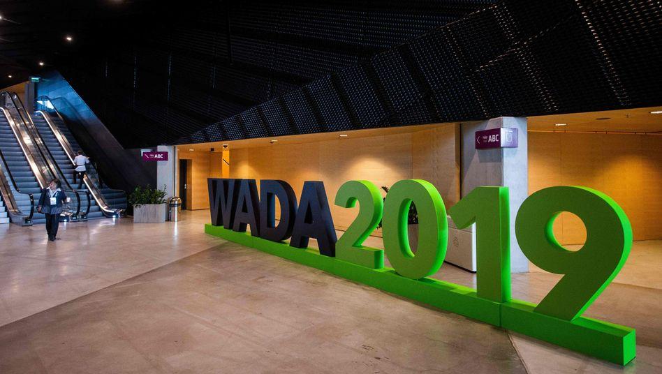 Das Logo der Welt-Doping-Agentur (World Anti-Doping Agency, WADA), bei einer Veranstaltung im polnischen Kattowitz