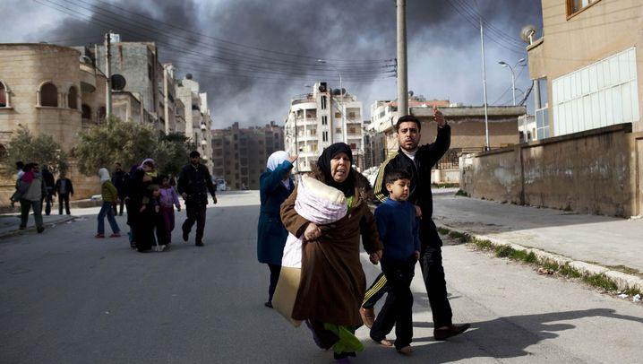 Aufstand in Syrien: Panzer, Flucht und Deserteure