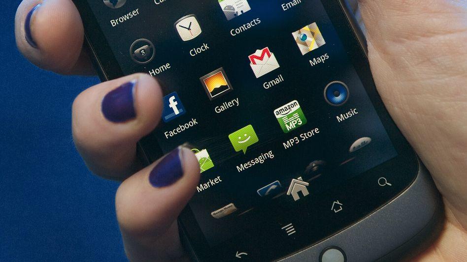 Android-Telefon (Symbolbild): Trojaner kapert Smartphones