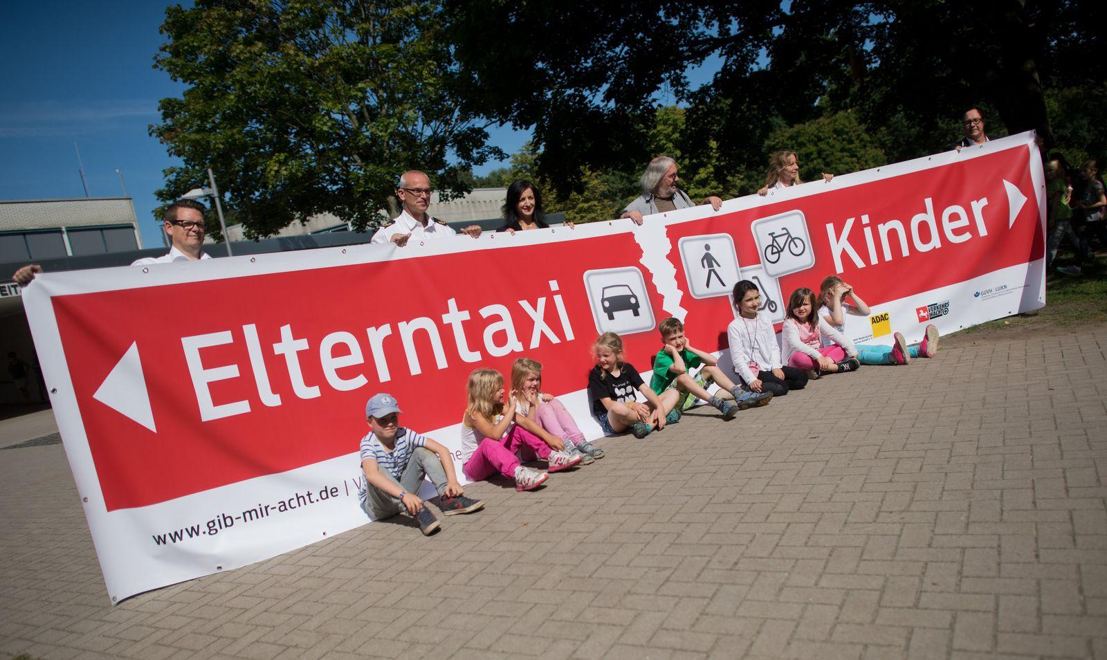 """Pilotprojekt """"Eltern-Taxi"""""""