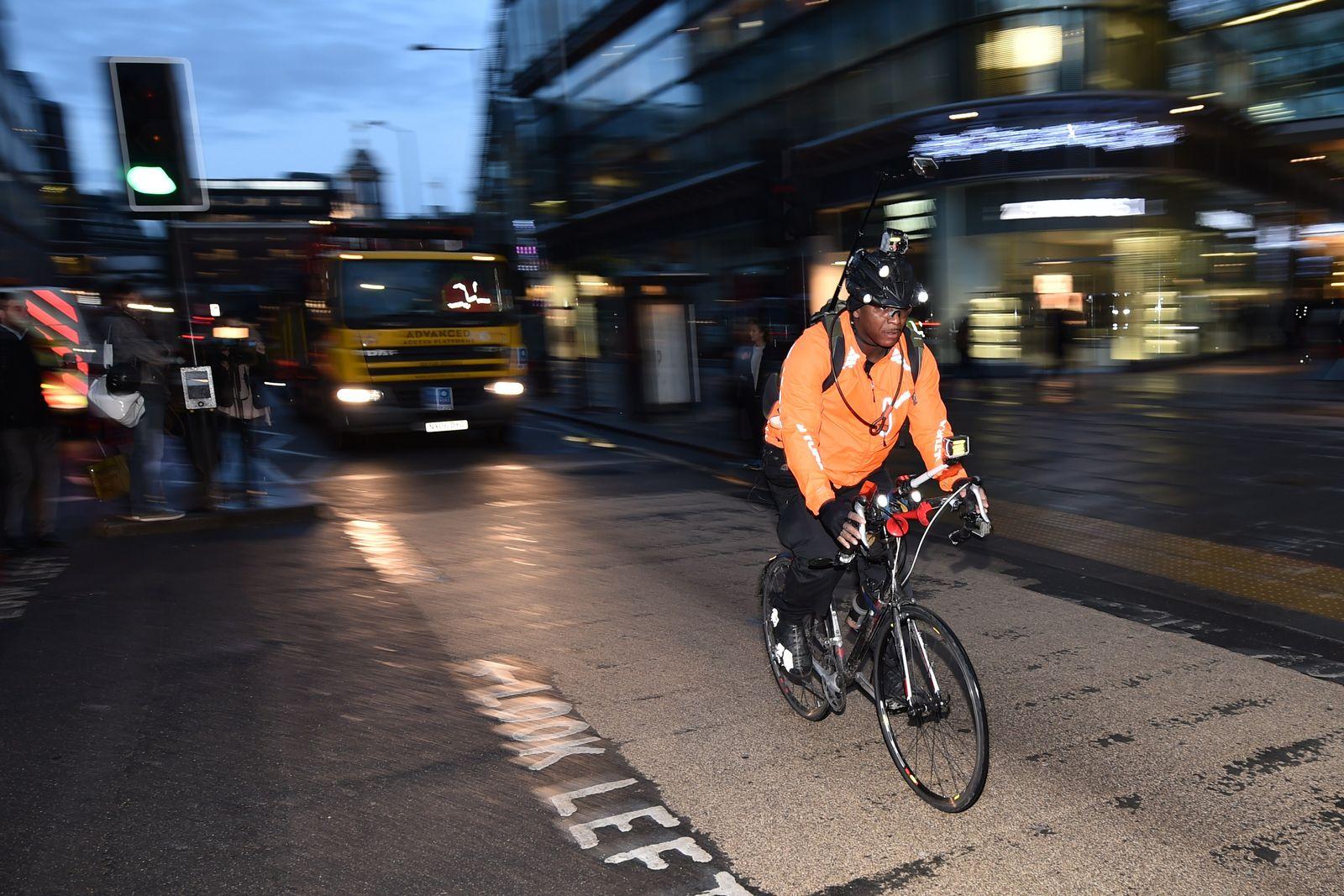 Fahrrad London Lewis Dediare