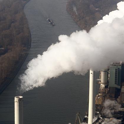 Kraftwerk am Rhein: Weiterhin keine Vereinheitlichung des Umweltrechts