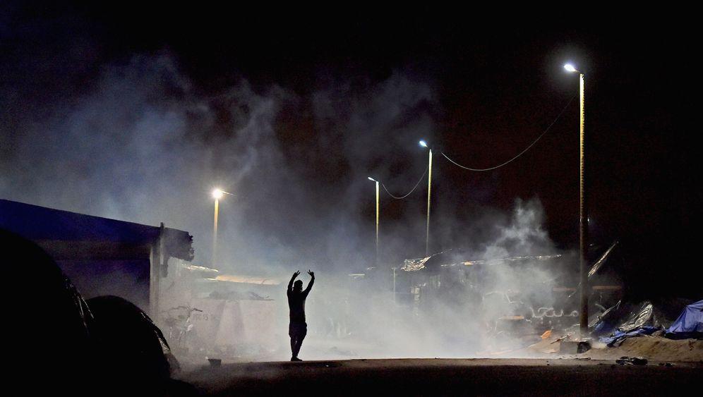 """Flüchtlingslager in Frankreich: """"Das ist kein Leben hier"""""""