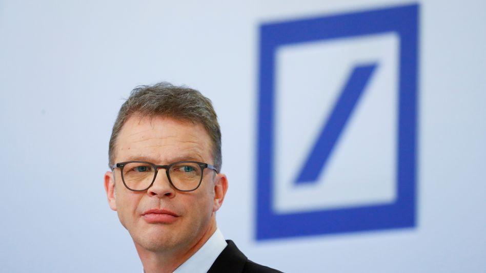 Deutsche-Bank-Chef Sewing: Umbau kommt voran