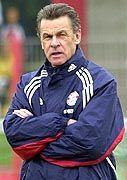 """Bereut seinen """"Fehltritt"""": Bayern-Coach Hitzfeld"""