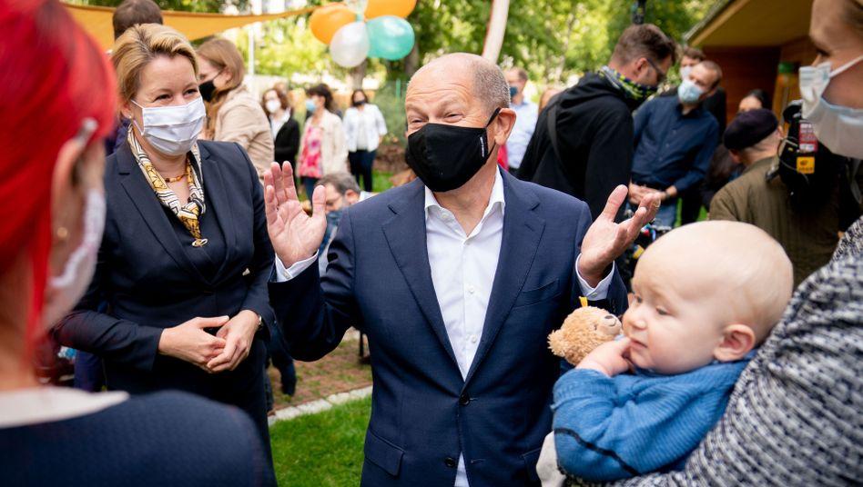 "Finanzminister Olaf Scholz bei der Eröffnung des Kindergartens ""Schatzkiste"""
