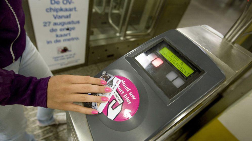 Verkehr in Niederlande und London: Chipkarte statt Papierticket