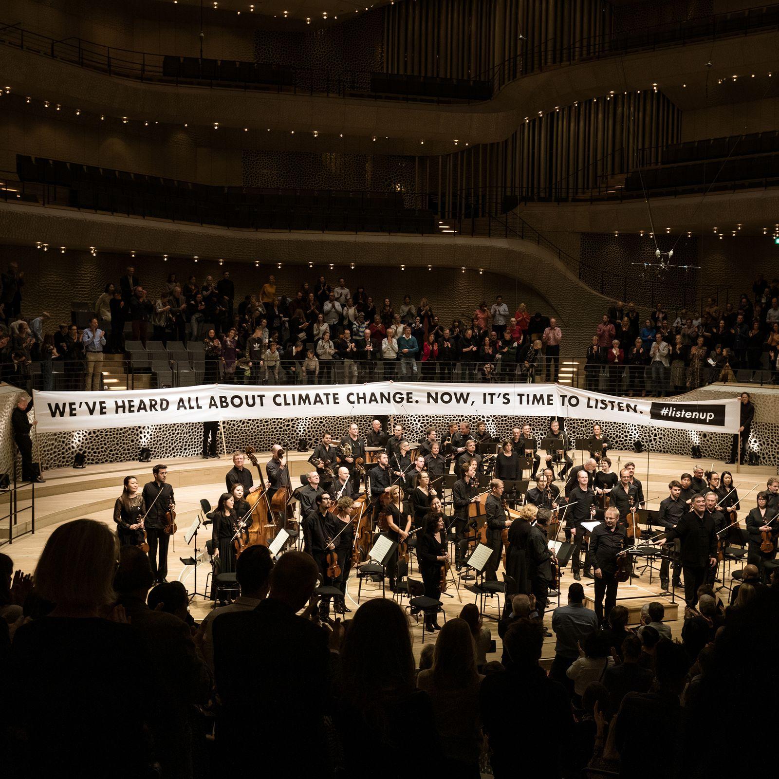 EINMALIGE VERWENDUNG Vier Jahreszeiten/ NDR/ Elbphilharmonie