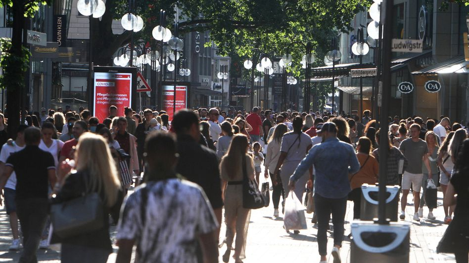 Schildergasse in Köln: Betrieb wie vor Corona - aber wie lange noch?