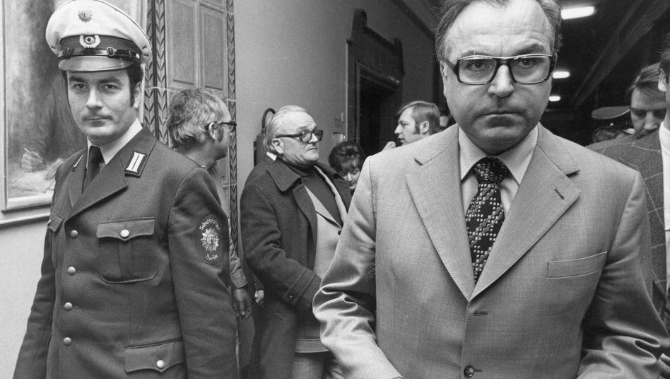 Helmut Kohl (1975, zur Zeit der Entführung des Berliner CDU-Politikers Peter Lorenz): Angebot zum Schleyer-Austausch